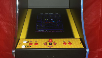 Pac Man / Ms Pac Man Arcade Game