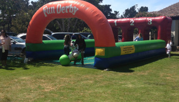 Inflatable Horse Derby Racing Lets Party