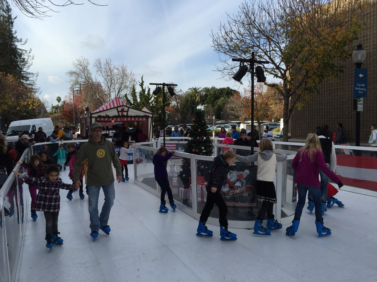 Portable Synthetic Ice Skating Rink Rental Lets Party