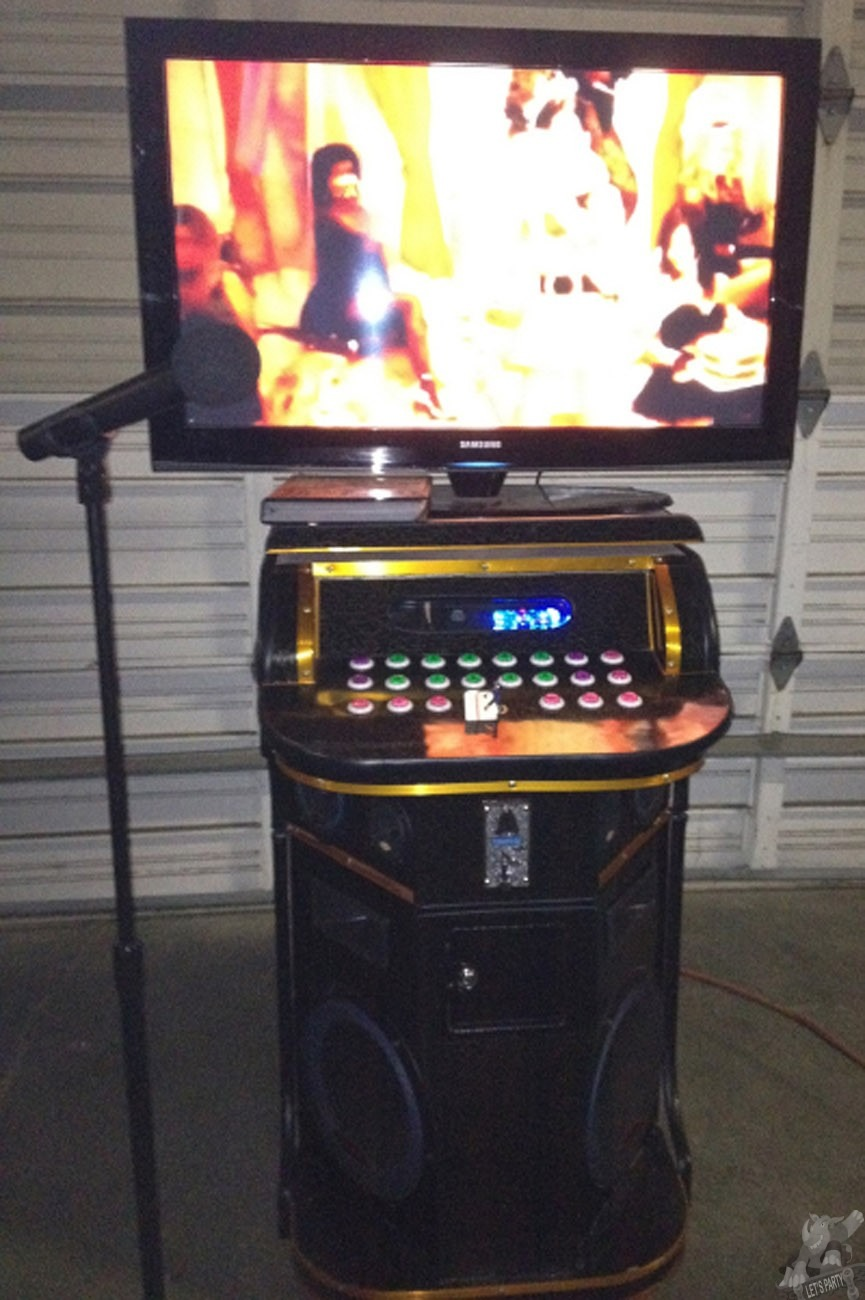 Extreme Karaoke With Jukebox Lets Party