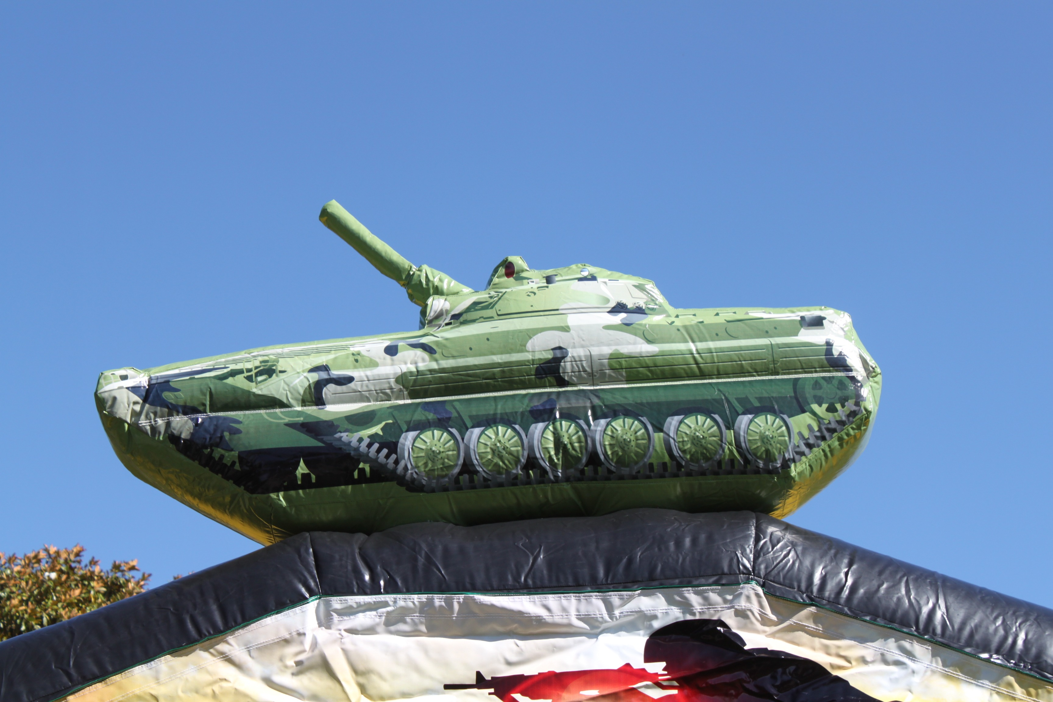 Inflatable Army Tank Bouncer