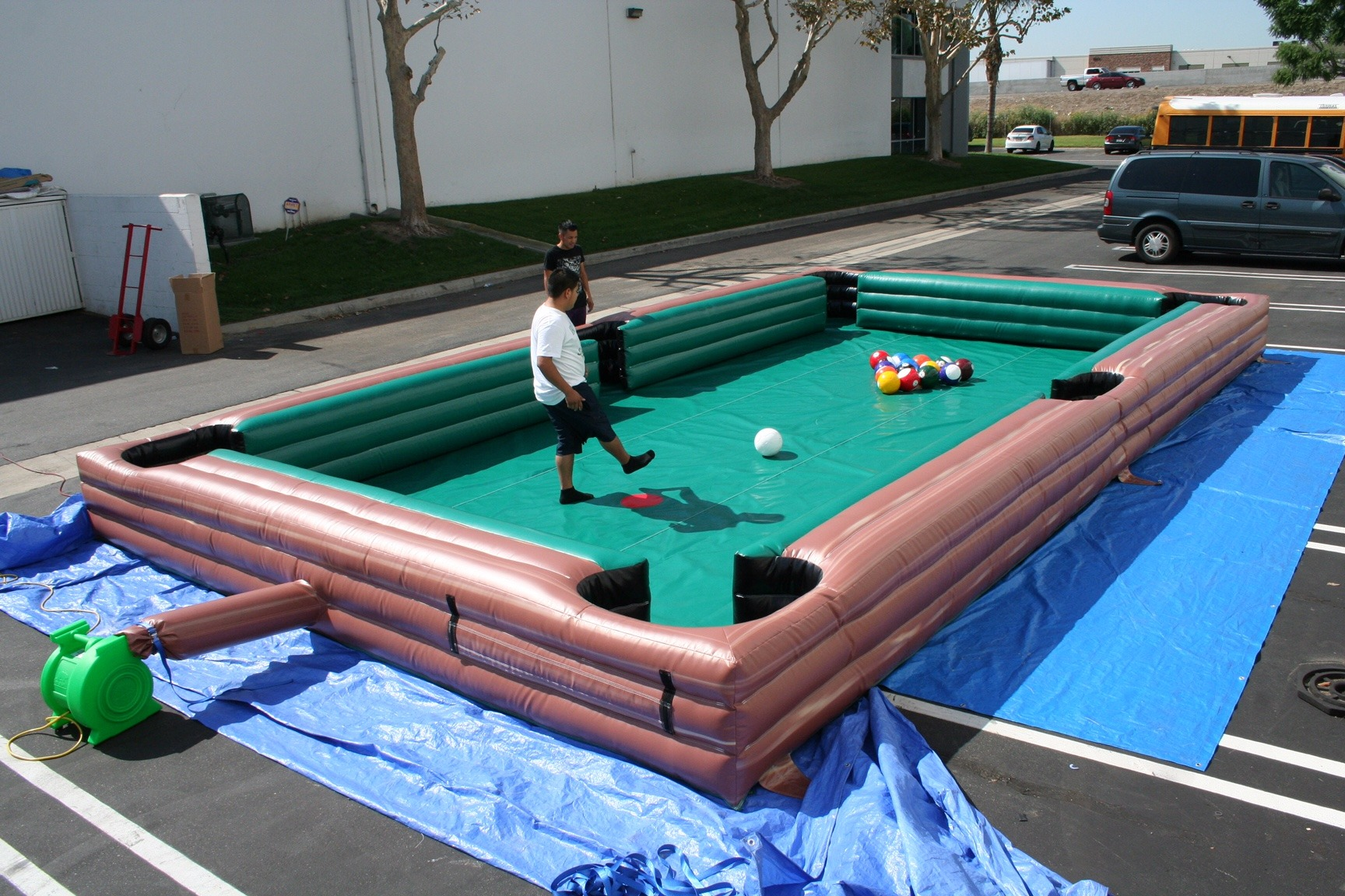 Inflatable Pool Table Lets Party - Pool table description