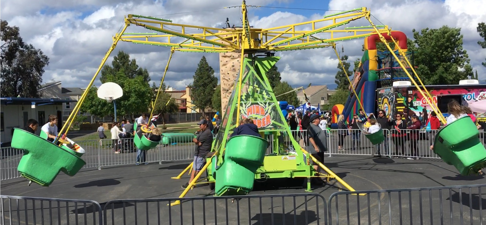 Mindwinder Carnival Spinning Ride - Lets Party